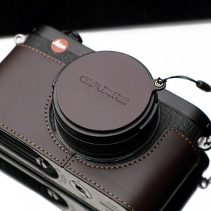 Gariz Lens Cap Cover for Fuji X100,X100S / Leica X1 :  Brown
