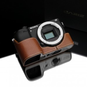 Gariz Leather Half-case for Sony A6300: Camel (XS-CHA6300CM)